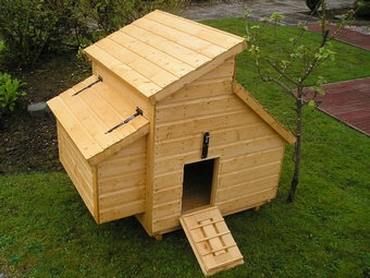 Hen Coop Garden Furniture